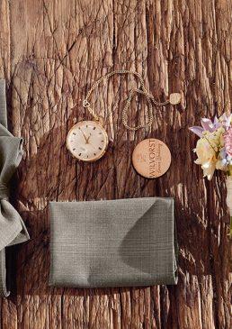 brautmoden-walter-hochzeitsanzuege-braeutigam-mode-wilvorst-green-wedding-schuhe-fliege-manschettenknoepfe-accessoires-20